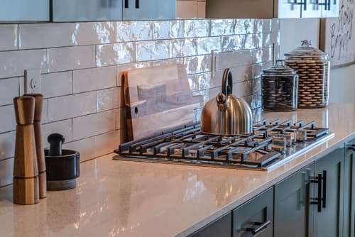 What is the standard size of a cooktop