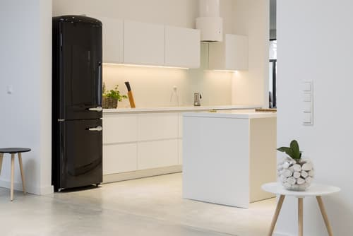 What finishes do refrigerators come in